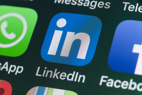 10 Tips for Creating a Stellar LinkedIn Profile