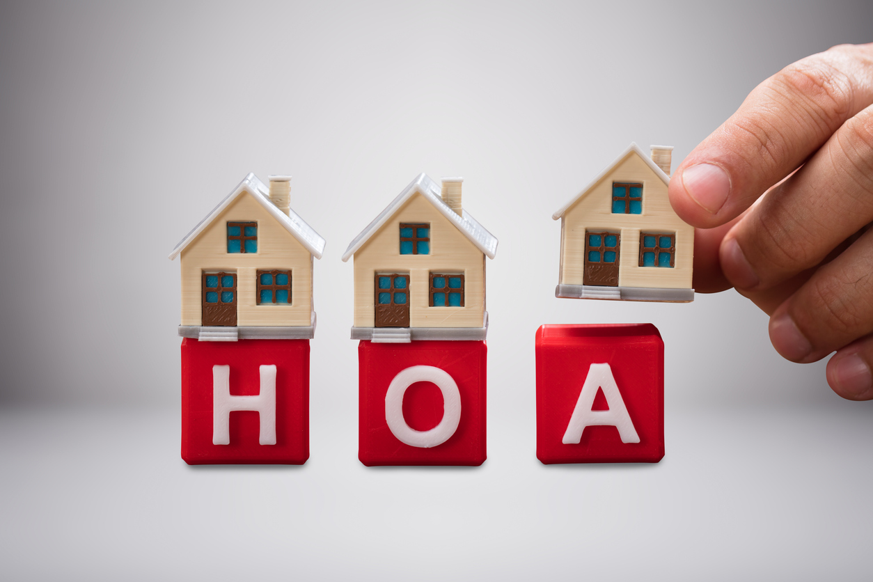 Selling Effectively to Homeowners, Homeowners' Assocations, and Residential Landlords